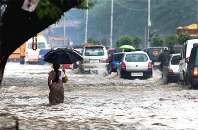 Chennai Cyclone Status, LIVE Updates